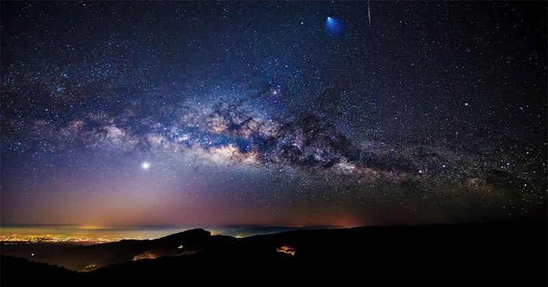 https: img-k.okeinfo.net content 2018 03 14 56 1872349 6-hal-menarik-mengenai-galaksi-bima-sakti-JpUbMfaRQ9.jpg