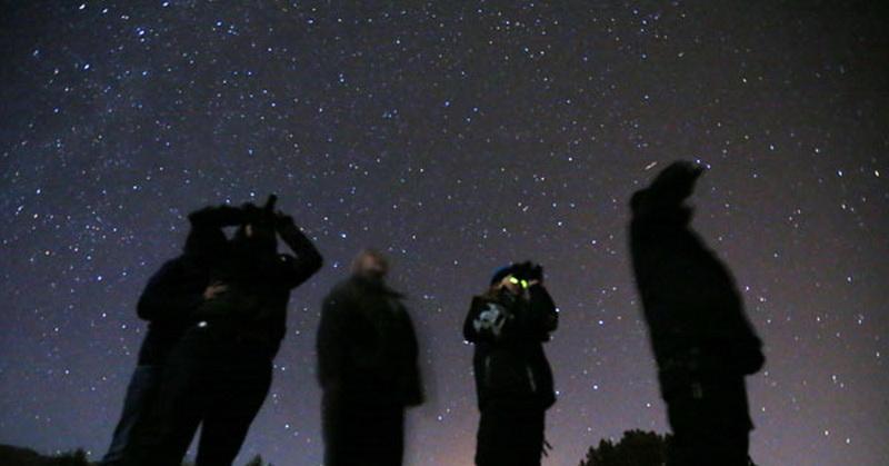 https: img-k.okeinfo.net content 2018 03 22 56 1876472 tercatat-2-818-penampakan-ufo-di-carolina-utara-sejak-1950-o9Y114Rkpz.jpg