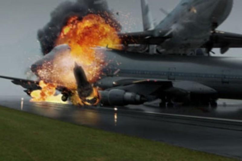 https: img-k.okeinfo.net content 2018 03 26 18 1878267 tabrakan-2-pesawat-di-landasan-pacu-sebabkan-528-orang-tewas-ipzYXGkXHD.jpg