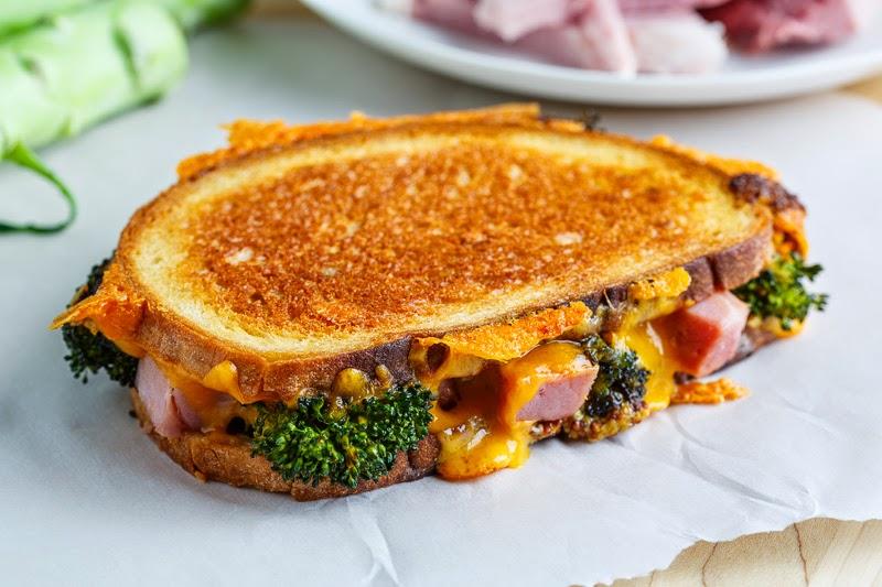 https: img-k.okeinfo.net content 2018 03 26 298 1878189 orak-arik-telur-brokoli-atau-brokoli-panggang-keju-2-menu-sarapan-gugah-selera-2DgjiwOyip.jpg