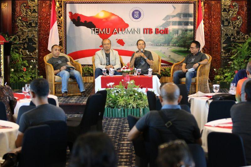 https: img-k.okeinfo.net content 2018 04 01 340 1880739 alumni-itb-bali-dukung-wayan-koster-jadi-gubernur-9oXMzWhfpD.jpg