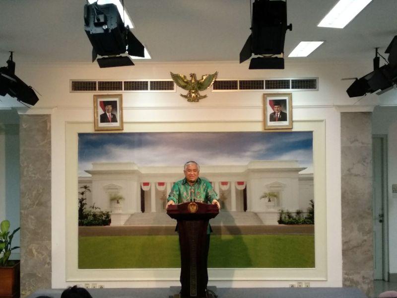 https: img-k.okeinfo.net content 2018 04 05 337 1882476 temui-jokowi-din-syamsuddin-laporkan-persiapan-acara-ktt-cendekiawan-muslim-dunia-di-istana-bogor-0HUCy5fvy1.jpg