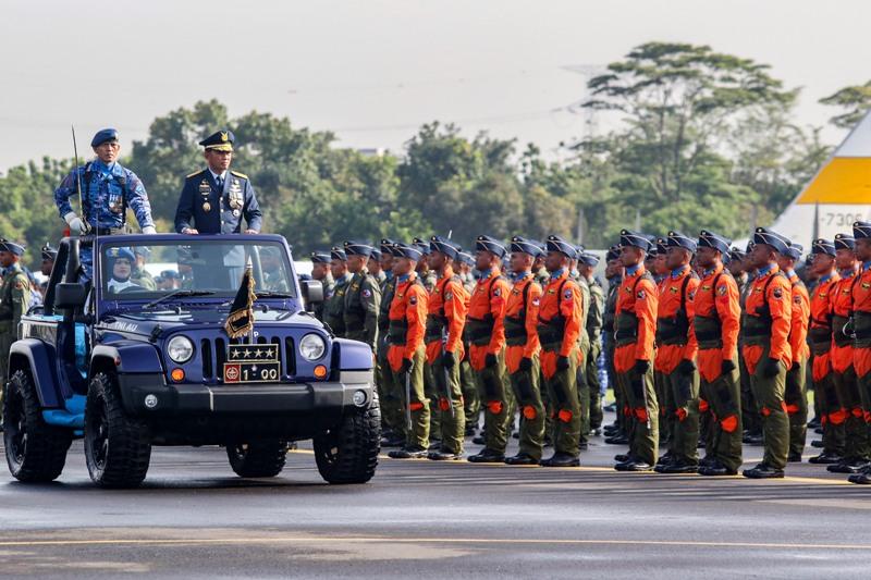 https: img-k.okeinfo.net content 2018 04 09 337 1884133 rencana-strategis-tni-au-untuk-memperkuat-pertahanan-udara-indonesia-gMI9mlvjTG.jpg