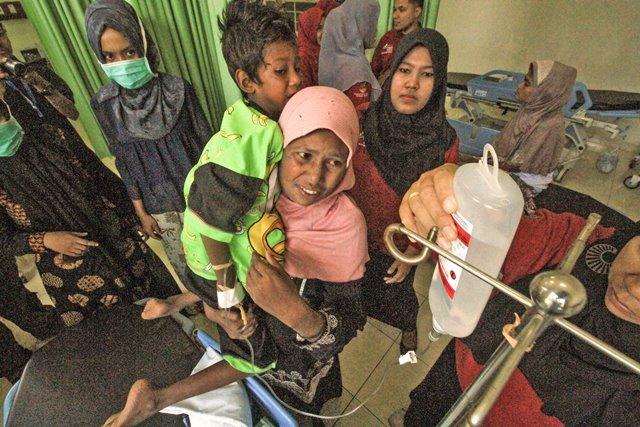 https: img-k.okeinfo.net content 2018 04 11 340 1885412 pemerintah-akan-cari-negara-ketiga-untuk-pengungsi-rohingya-FSO1hRphNs.jpg