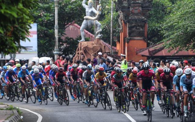 https: img-k.okeinfo.net content 2018 04 14 43 1886558 jelang-porprov-atlet-lokal-pacu-kesiapan-di-bangka-mtb-xco-2018-ZrBrPpb0v9.jpg