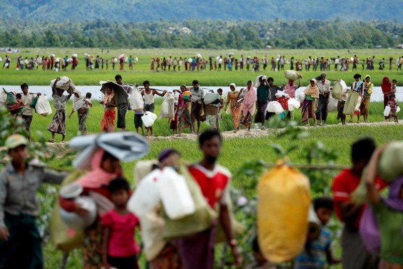 https: img-k.okeinfo.net content 2018 04 15 18 1886842 myanmar-repatriasi-satu-keluarga-pengungsi-rohingya-pertama-DGHRTsDrHA.JPG