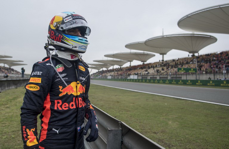 https: img-k.okeinfo.net content 2018 04 15 37 1886891 hasil-race-f1-gp-china-2018-m8jgLlrAB5.jpg