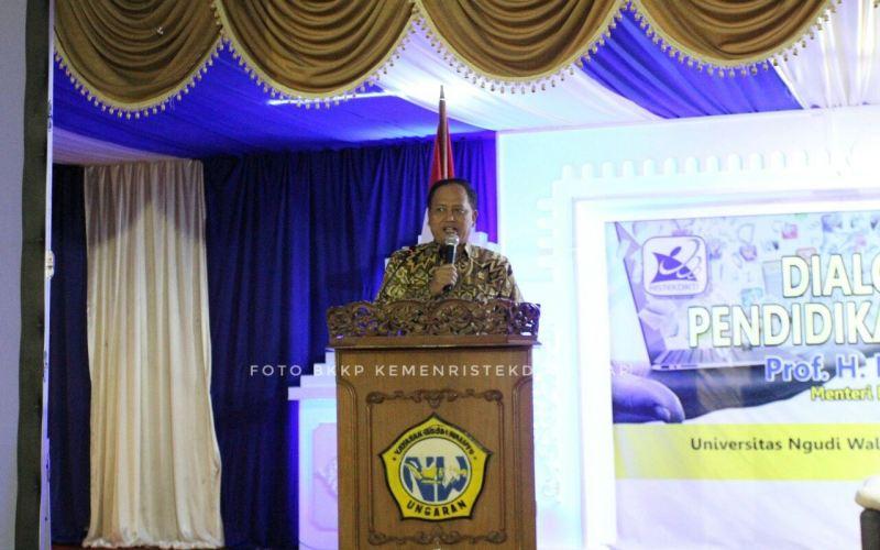 https: img-k.okeinfo.net content 2018 04 16 65 1887407 pelajar-indonesia-di-china-tertipu-beasiswa-menristekdikti-itu-agen-ilegal-o9aFeVw9rM.jpg