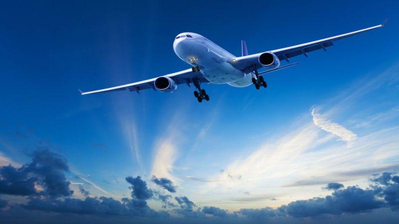 https: img-k.okeinfo.net content 2018 04 17 406 1887528 maskapai-penerbangan-mulai-jual-tiket-mudik-lebaran-6vbYmKgfzE.jpg