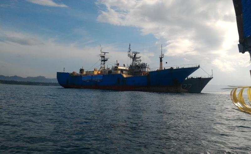 https: img-k.okeinfo.net content 2018 04 25 338 1891205 tim-kejari-jakarta-pusat-eksekusi-kapal-bajak-laut-y57SsVObLC.jpg