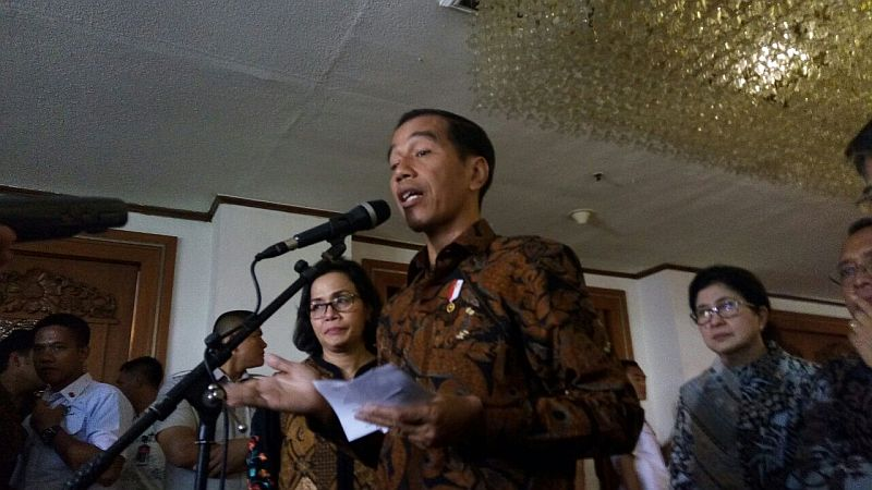 https: img-k.okeinfo.net content 2018 04 30 278 1892813 rupiah-nyaris-rp14-000-usd-presiden-jokowi-itu-kebijakannya-ada-di-bi-v40K1v1Vn7.jpg