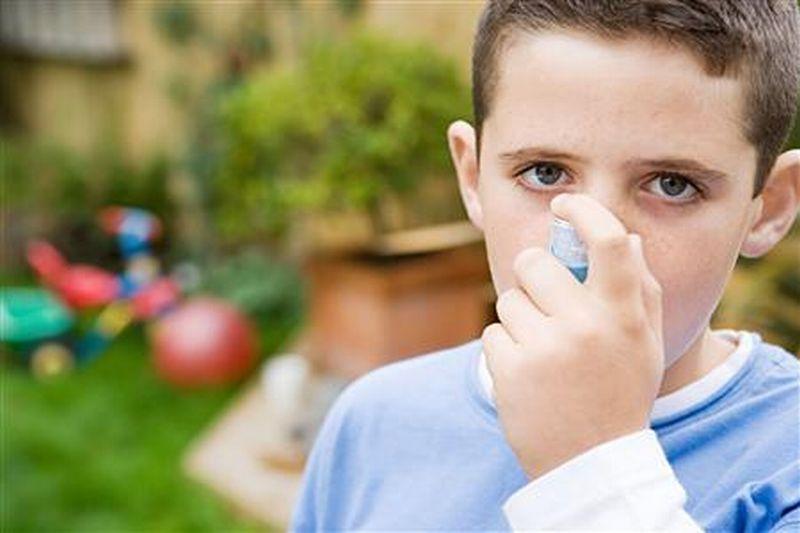 https: img-k.okeinfo.net content 2018 05 04 481 1894319 hati-hati-punya-rumah-di-pinggir-jalan-tingkatkan-potensi-anak-terkena-asma-YtMIZH2Efh.jpg