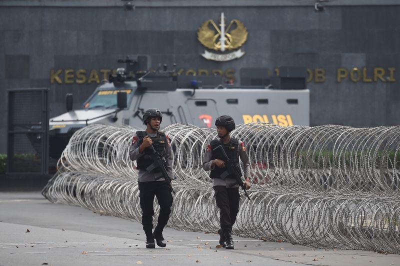Pengamanan Pasca-Kericuhan Napi Terorisme di Mako Brimob, Kelapa Dua, Depok (foto: Antara)