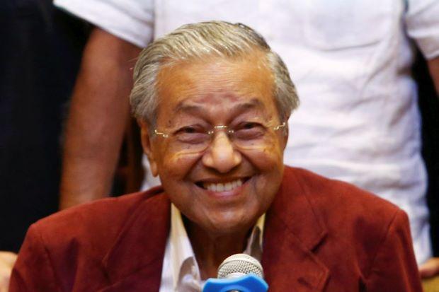 https: img-k.okeinfo.net content 2018 05 10 18 1896644 mahathir-mohamad-menang-pemilu-malaysia-diliburkan-dua-hari-LXFUNjefJf.jpg