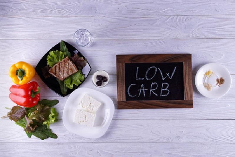https: img-k.okeinfo.net content 2018 05 11 481 1897227 mau-kurus-kurangi-makan-karbohidrat-bahaya-ini-mengintai-kesehatan-anda-GuUyjvYubx.jpg