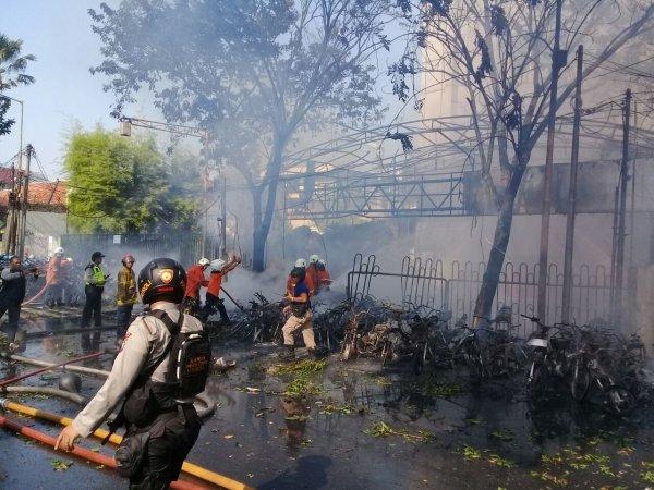 Seorang Ibu Tewas Dalam Ledakan Bom Gereja di Surabaya ...