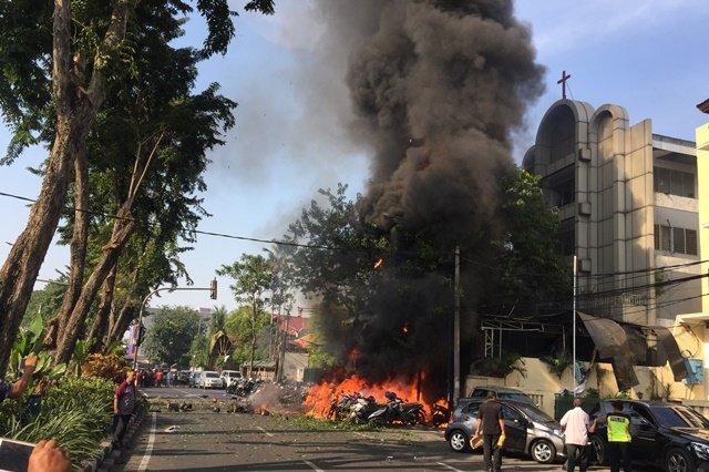 https: img-k.okeinfo.net content 2018 05 14 18 1898006 pasca-bom-gereja-surabaya-sejumlah-negara-keluarkan-saran-perjalanan-ke-indonesia-u3gqPV80hf.jpg