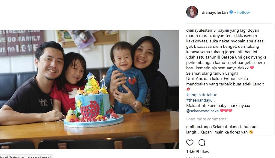 https: img-k.okeinfo.net content 2018 05 14 33 1898132 dian-ayu-lestari-dan-omesh-rayakan-ulang-tahun-pertama-anak-keduanya-O1KgBvYoWA.jpg