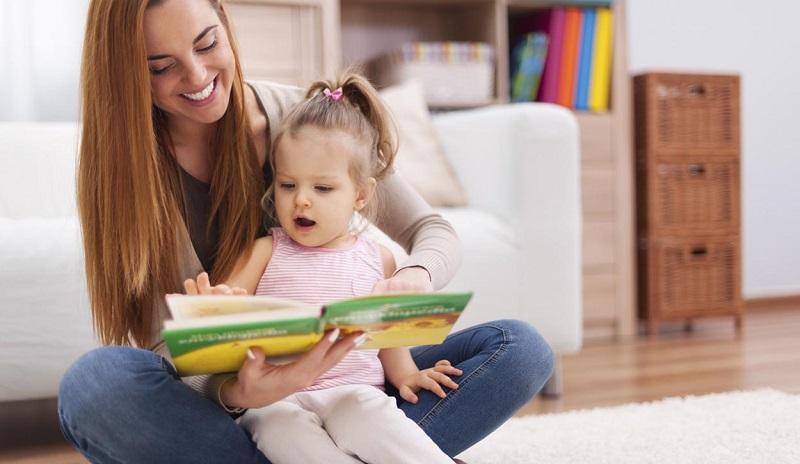 https: img-k.okeinfo.net content 2018 05 17 196 1899580 4-manfaat-baca-buku-bagi-anak-orangtua-milenial-wajib-tahu-5RockEseJf.jpg
