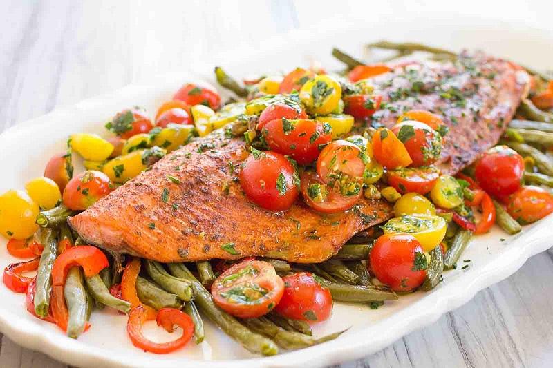 https: img-k.okeinfo.net content 2018 05 18 298 1899933 resep-souffle-keju-kakap-dan-salmon-panggang-tumis-sayuran-untuk-makan-sahur-Fywh8fKnFg.jpg