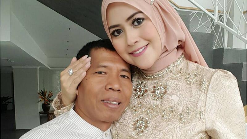 https: img-k.okeinfo.net content 2018 05 21 33 1900907 di-bulan-ramadan-kiwil-mencoba-adil-untuk-kedua-istrinya-dWKBNEVy4s.jpg