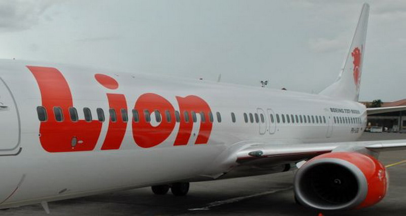 https: img-k.okeinfo.net content 2018 05 24 519 1902397 dua-kali-turun-mendadak-usai-terbang-penumpang-lion-air-minta-refund-Sz4YBIACvh.jpg