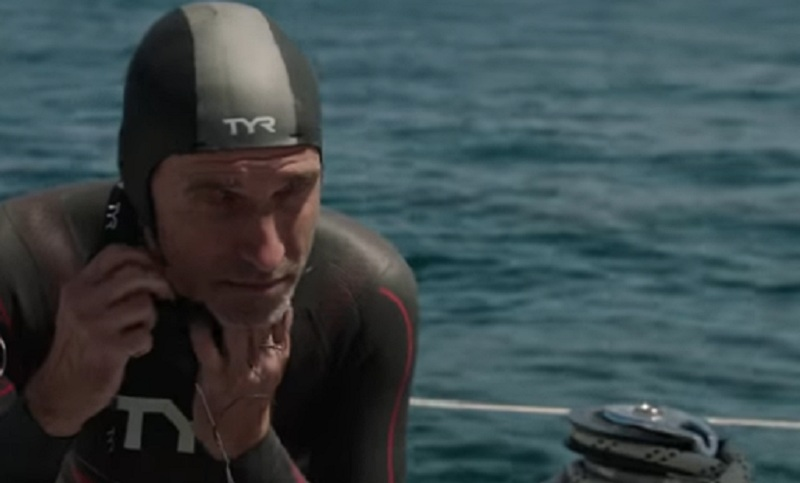 https: img-k.okeinfo.net content 2018 05 25 406 1902498 pria-ini-nekat-berenang-melintasi-samudera-pasifik-selama-6-bulan-Id3PldPqL2.jpg