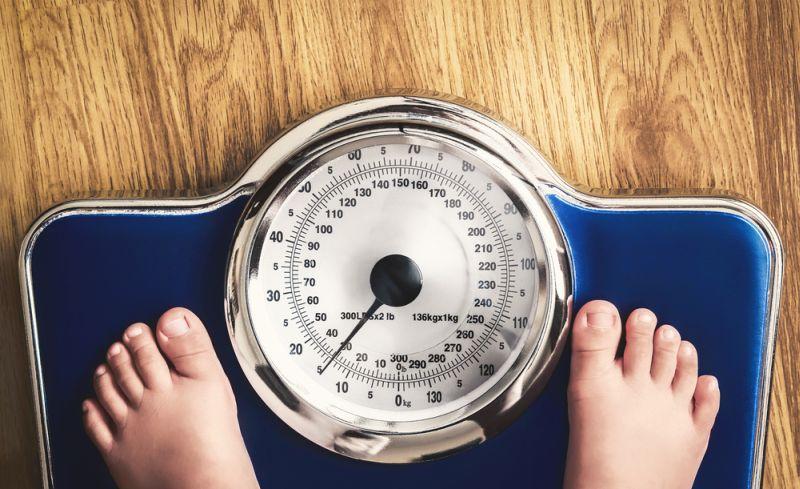 https: img-k.okeinfo.net content 2018 05 25 481 1902849 benarkah-obesitas-sebabkan-anak-jadi-lemot-JbVWyjd1dz.jpg