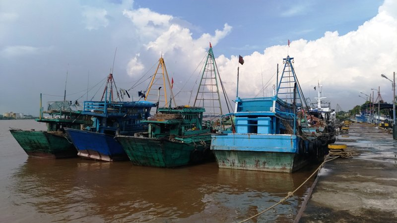 https: img-k.okeinfo.net content 2018 06 03 340 1906072 modus-baru-nelayan-vietnam-bakar-kapal-untuk-hindari-petugas-Ss5Xs5TVIs.jpg