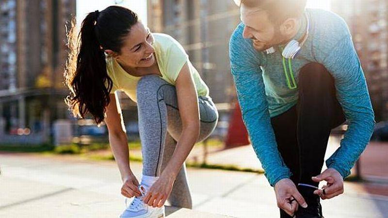 https: img-k.okeinfo.net content 2018 06 04 481 1906139 ingin-berat-badan-tetap-ideal-saat-lebaran-ini-cara-bakar-lemak-anda-p9xBdYGsa1.jpg
