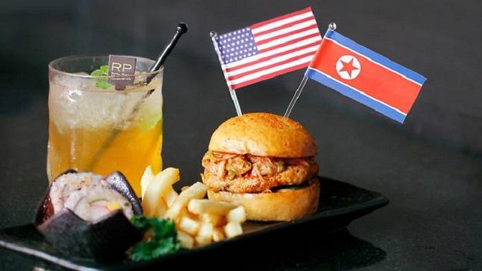 https: img-k.okeinfo.net content 2018 06 07 298 1907822 sambut-pertemuan-trump-kim-jong-un-restoran-di-singapura-suguhkan-menu-menu-unik-2wHXGSTSUS.jpg