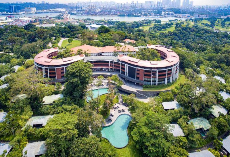 https: img-k.okeinfo.net content 2018 06 07 406 1907864 mewahnya-hotel-capella-bekas-zaman-kolonial-jadi-tempat-donald-trump-dan-kim-jong-un-bertemu-tMzpm67EPE.jpg