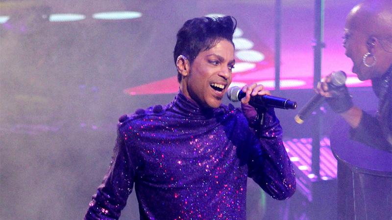 https: img-k.okeinfo.net content 2018 06 08 205 1908438 album-langka-prince-kembali-dijual-zAK4VVxWIw.jpg