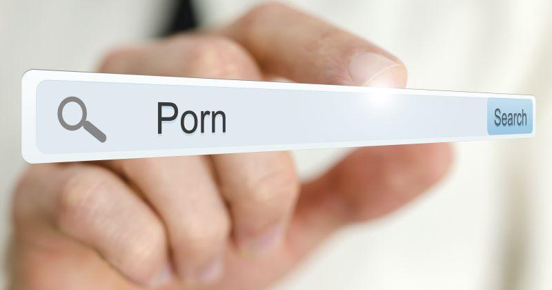 https: img-k.okeinfo.net content 2018 06 08 337 1908209 raup-untung-ratusan-juta-pembuat-situs-porno-kawakan-diringkus-polisi-jBzfCXQ0M5.jpg