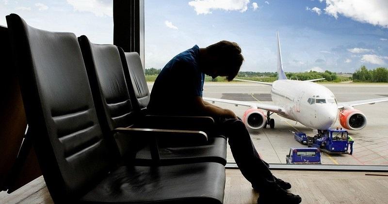 https: img-k.okeinfo.net content 2018 06 11 481 1909204 sering-jet-lag-di-pesawat-cara-ini-bisa-usir-mual-dan-mabuk-selama-penerbangan-A0JBfpkK8T.jpg