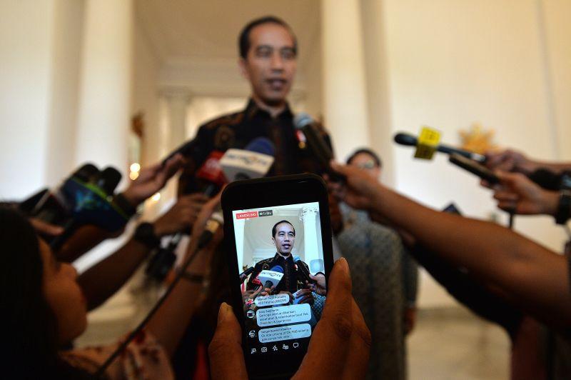 https: img-k.okeinfo.net content 2018 06 12 337 1909709 jadi-anggota-dk-pbb-jokowi-kondisi-indonesia-yang-demokratis-miliki-kontribusi-besar-kDGOaH93Ot.jpg