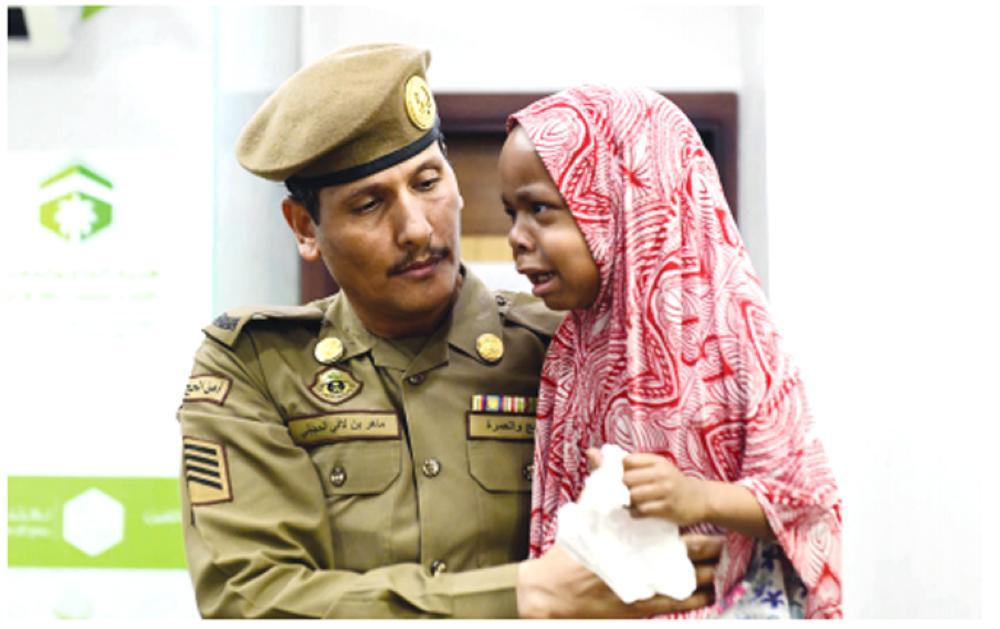 https: img-k.okeinfo.net content 2018 06 13 196 1910172 petugas-keamanan-masjid-nabawi-pulangkan-1-000-anak-yang-tersesat-q3nZPFfhtI.jpg