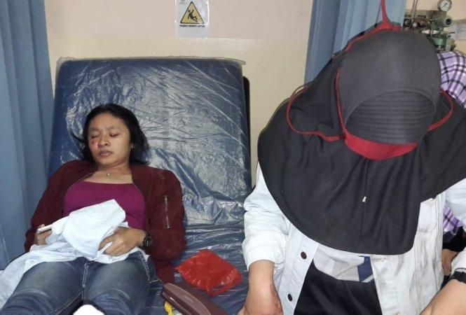https: img-k.okeinfo.net content 2018 06 13 338 1910241 dua-pemudik-wanita-masuk-rumah-sakit-dipepet-pencopet-di-bekasi-6r8Ta3u59Q.jpg