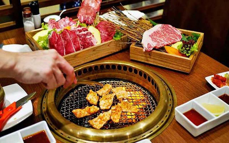 https: img-k.okeinfo.net content 2018 06 21 196 1912222 buat-promo-all-you-can-eat-restoran-ini-langsung-bangkrut-dalam-2-minggu-4vdfPK9kDE.jpg