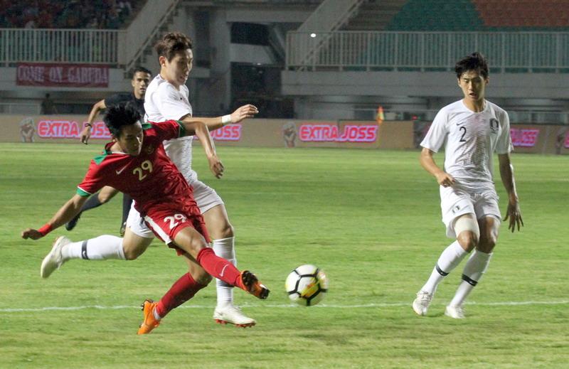 https: img-k.okeinfo.net content 2018 06 23 51 1913195 gol-telat-korsel-bikin-timnas-indonesia-u-23-takluk-1-2-C7uVrcWPIu.jpg