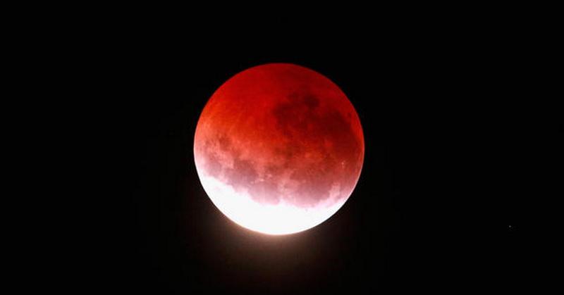 https: img-k.okeinfo.net content 2018 07 02 56 1916740 gerhana-bulan-total-durasi-terpanjang-abad-ini-terlihat-pada-27-juli-LUdWCS6VT7.jpg