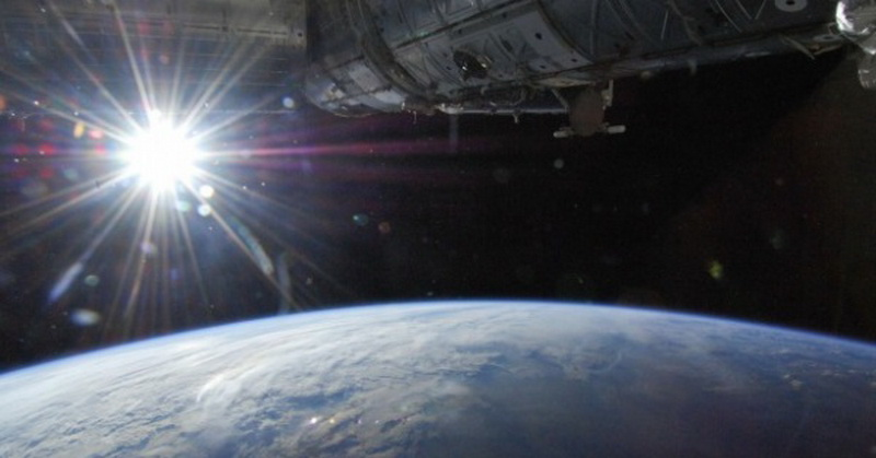 https: img-k.okeinfo.net content 2018 07 06 56 1918922 bumi-berada-di-titik-terjauh-dengan-matahari-apa-dampaknya-XxbgLnZxcU.jpg