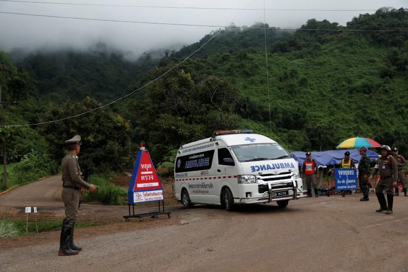 https: img-k.okeinfo.net content 2018 07 09 18 1919884 9-orang-tersisa-upaya-penyelamatan-remaja-yang-terjebak-di-gua-thailand-dilanjutkan-cm4La3BcJO.jpg