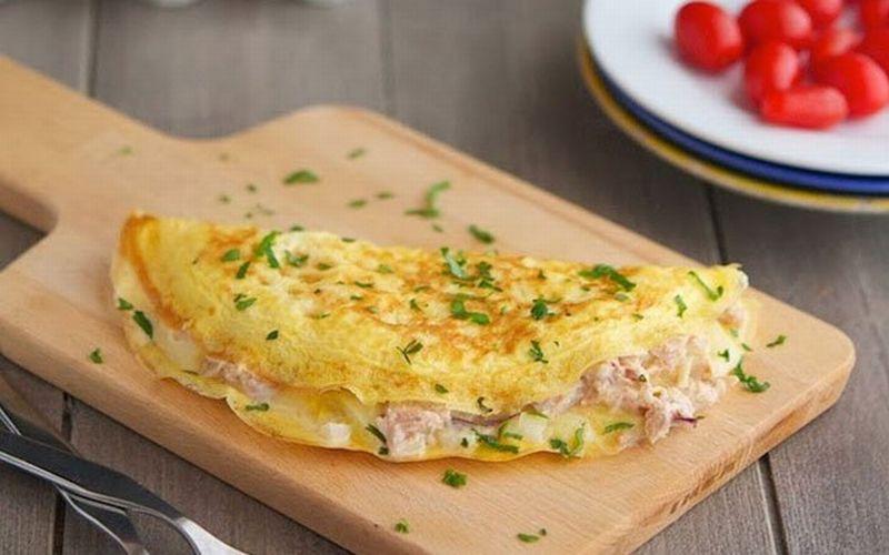 https: img-k.okeinfo.net content 2018 07 10 298 1920403 bosan-telur-ceplok-jajal-bikin-omelet-tuna-agar-si-kecil-lahap-makan-gFbK9LtX8T.jpg