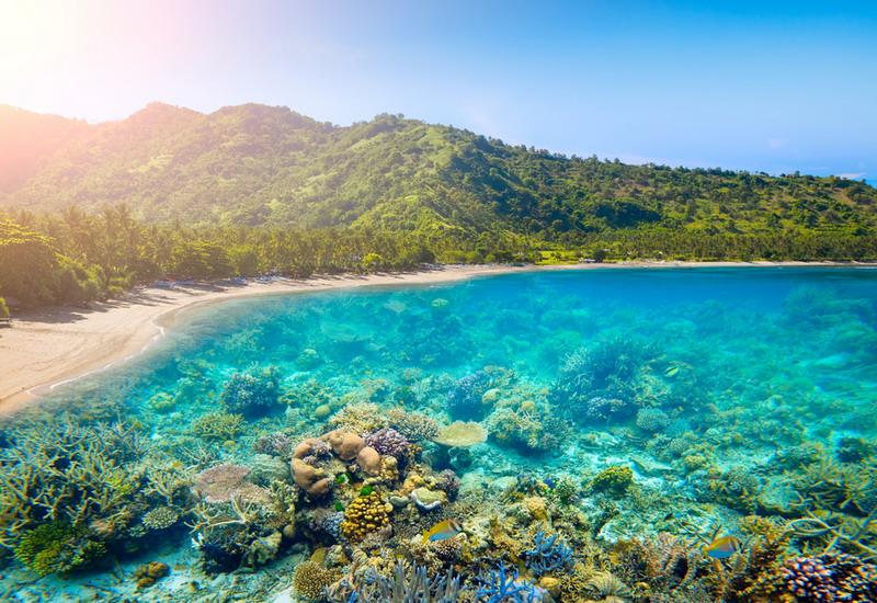 https: img-k.okeinfo.net content 2018 07 11 406 1920892 3-pulau-indonesia-dinobatkan-jadi-yang-terbaik-di-dunia-kalahkan-maladewa-dan-selandia-baru-xPuw9zNUln.jpg