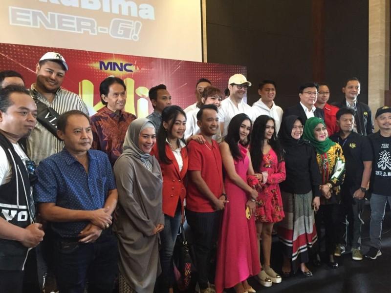 https: img-k.okeinfo.net content 2018 07 11 598 1920894 kontes-dangdut-indonesia-kdi-siap-hadir-di-mnctv-XiXnnY5M6m.jpg
