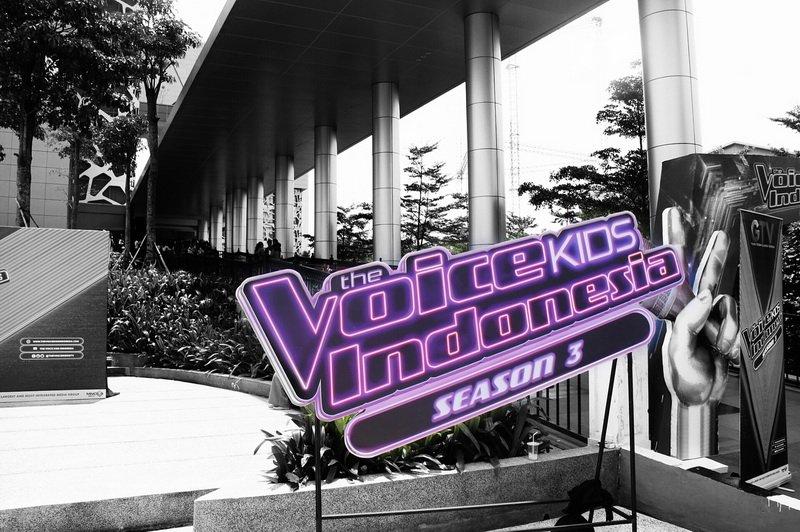 https: img-k.okeinfo.net content 2018 07 12 205 1921423 13-peserta-blind-audition-the-voice-kids-indonesia-siap-ciptakan-keseruan-di-episode-3-Ti7x2ucxHI.jpg