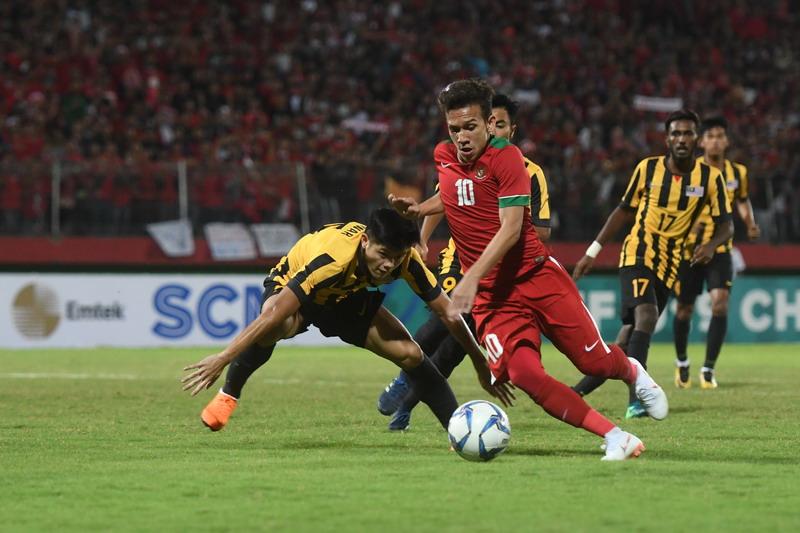 https: img-k.okeinfo.net content 2018 07 12 51 1921644 timnas-indonesia-u-19-kandas-dari-malaysia-dalam-drama-adu-penalti-49cS7XZTXo.jpg