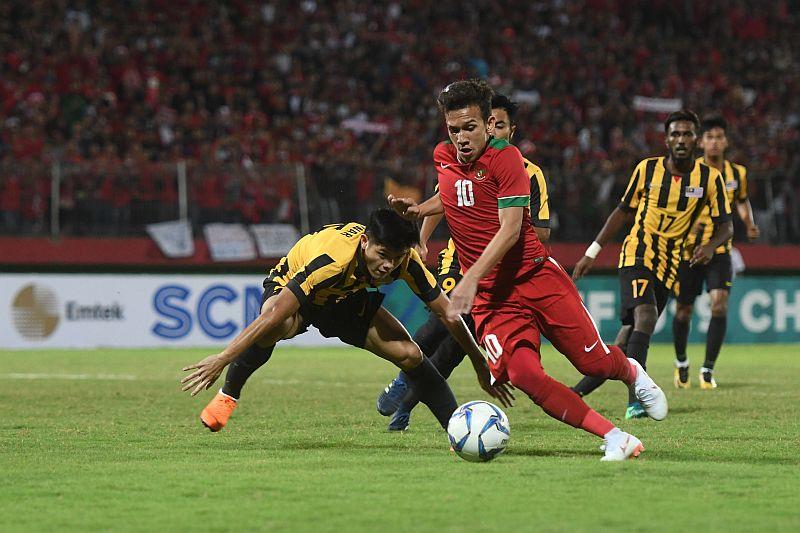 https: img-k.okeinfo.net content 2018 07 13 51 1921728 pelatih-indra-sjafri-bantah-egy-dipaksa-bermain-lawan-timnas-malaysia-u-19-s2ENULAcli.jpg