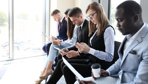 https: img-k.okeinfo.net content 2018 07 13 65 1922169 panggilan-kerja-tidak-sesuai-ini-7-tips-menolak-penawaran-kerja-qHUrg502uX.jpg